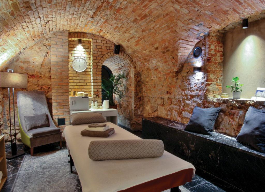 salon masażu SPA w Pałacu Komierowo